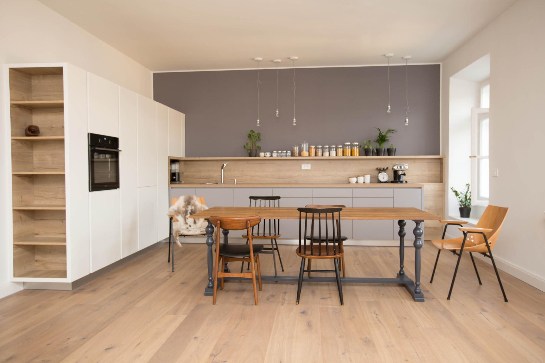 k che eiche dekor arbeitsplatte und lackierte mdf m bel ambius tischlerei aus slowenien. Black Bedroom Furniture Sets. Home Design Ideas